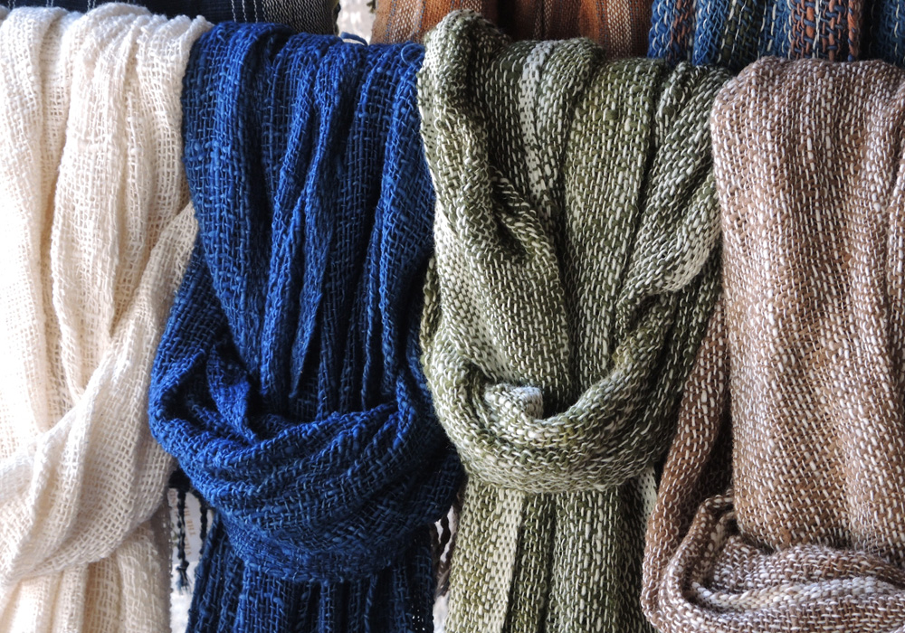 Faire Welt - cotton scarves