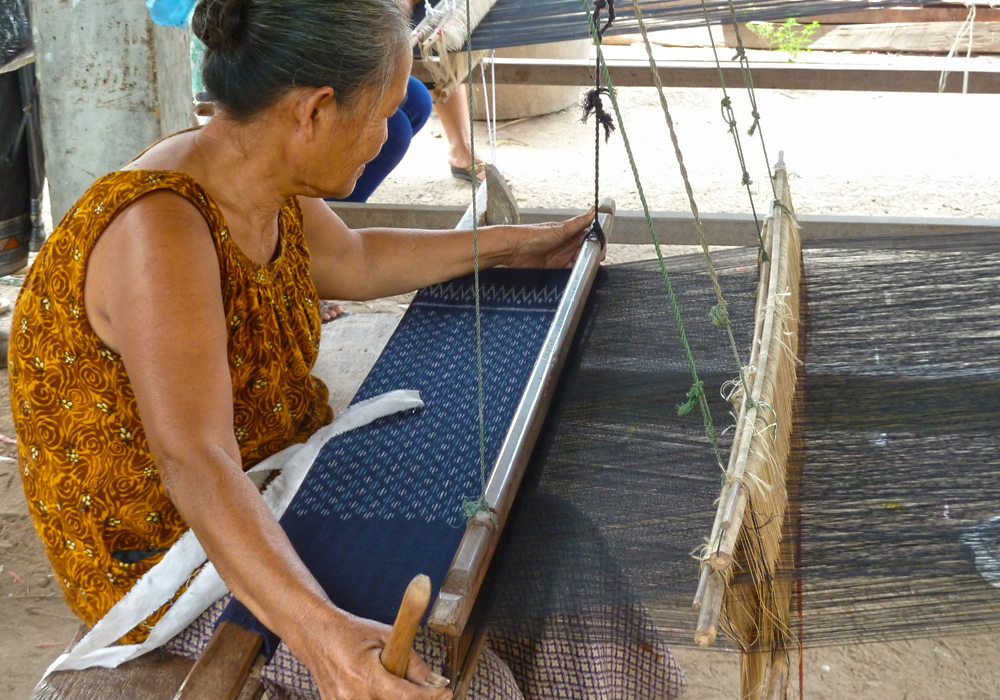 Faire Welt - indigo weaving